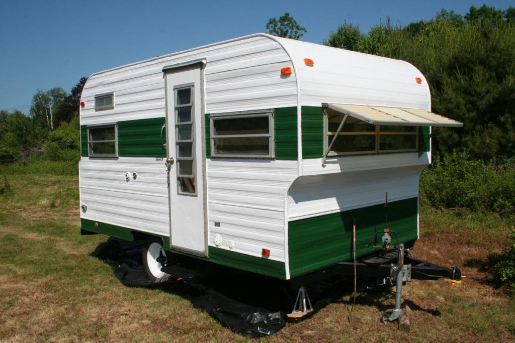 Play-Mor travel trailer restoration and repair